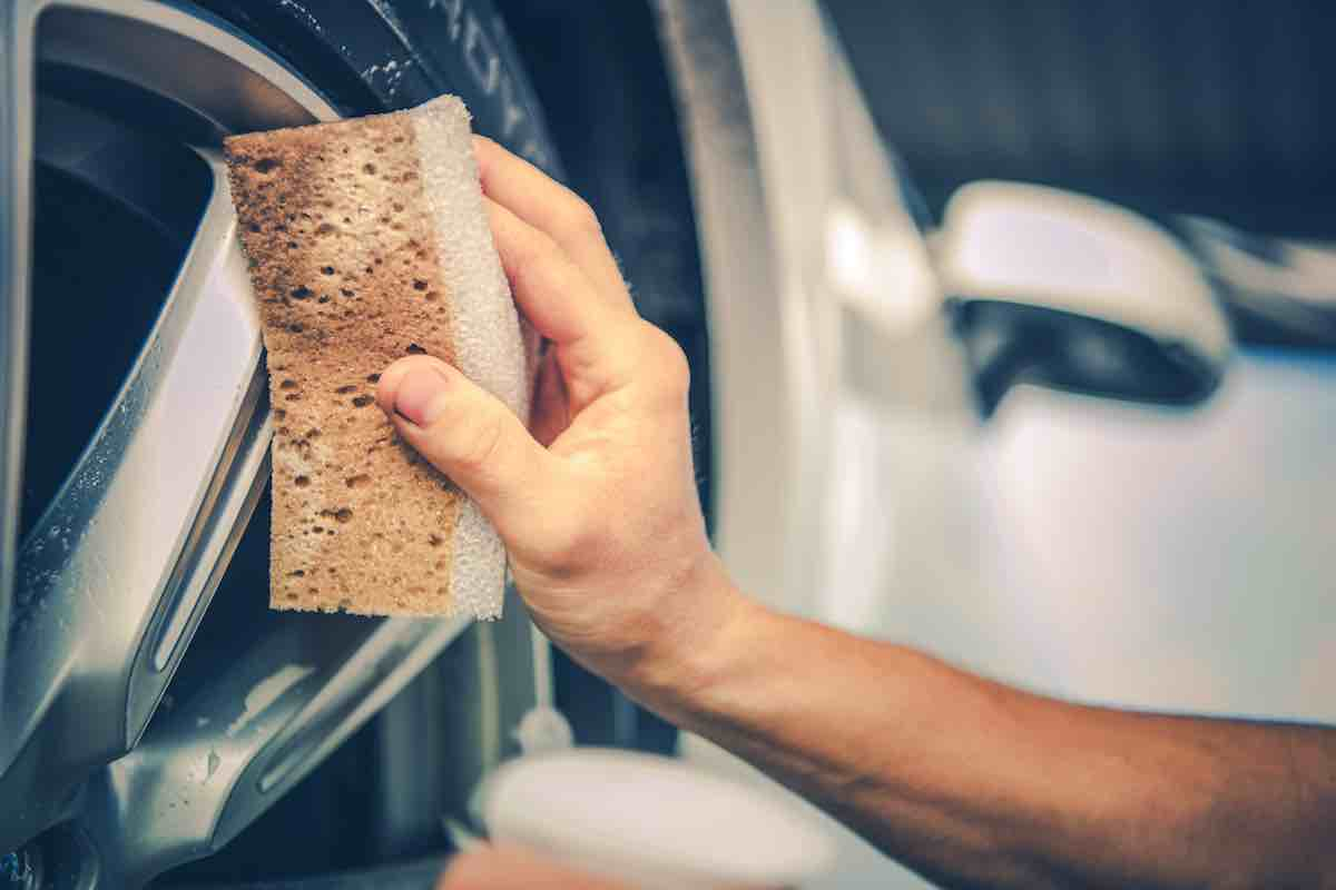 how to remove baked on brake dust from alloy wheels
