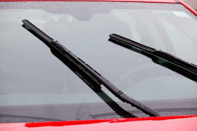 How To Stop Windshield Wipers From Skipping (Easily)